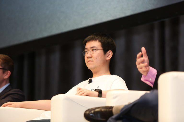 Power Struggle Inside Bitmain 'Hard Forks' Bitcoin Miner Production